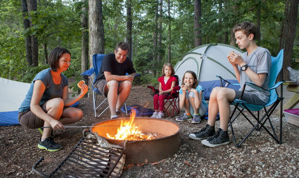 camping-friendly snacks