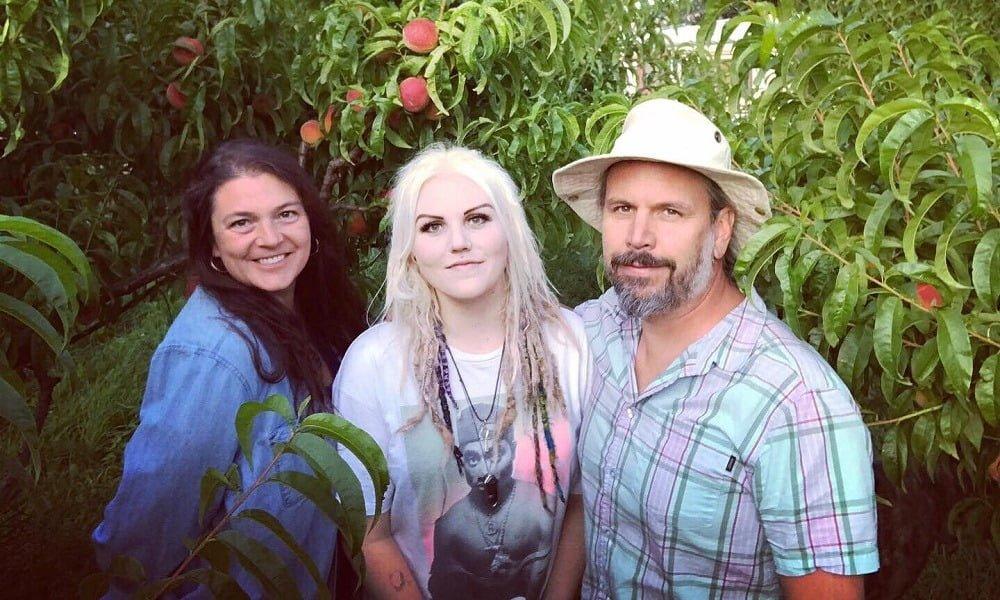 Horricks Family Blush Lane Orchard